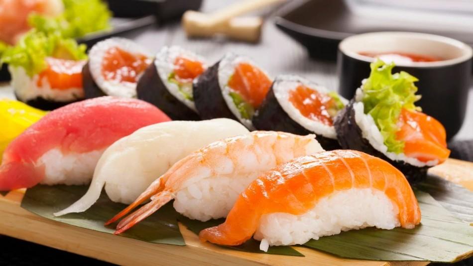 rollos y nigiri sushi